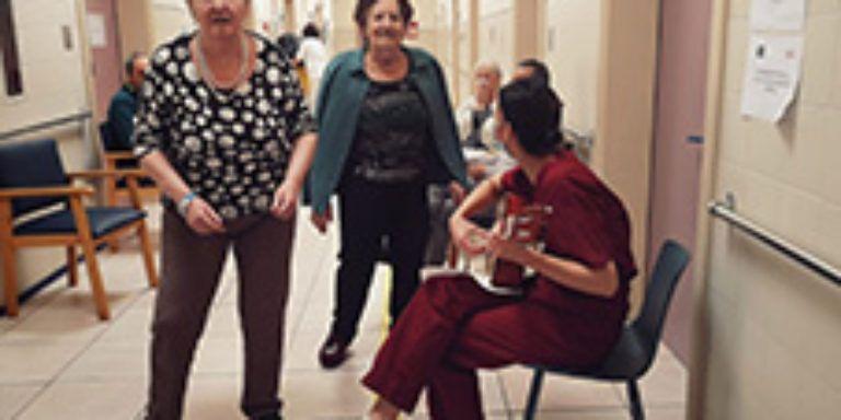 La Clínica Josefina Arregui pone en marcha su programa de atención psicosocial